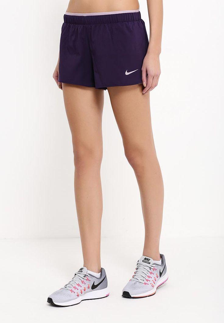 Спортивные шорты Nike выполнены из ткани с технологией DRI FIT, которая отводит влагу от тела и о...
