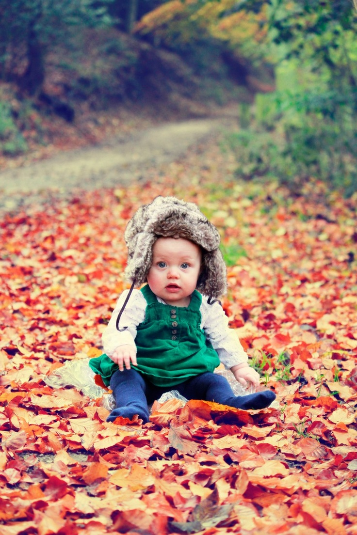 Children | Georgia Nolan - Autumn leaves. Make the most of the seasons!