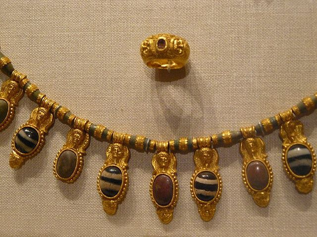 Gold and gemstone jewelry Etruscan early 5th century BC.