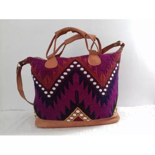 Bolsa Artesanal Bordada  - $ 595.00