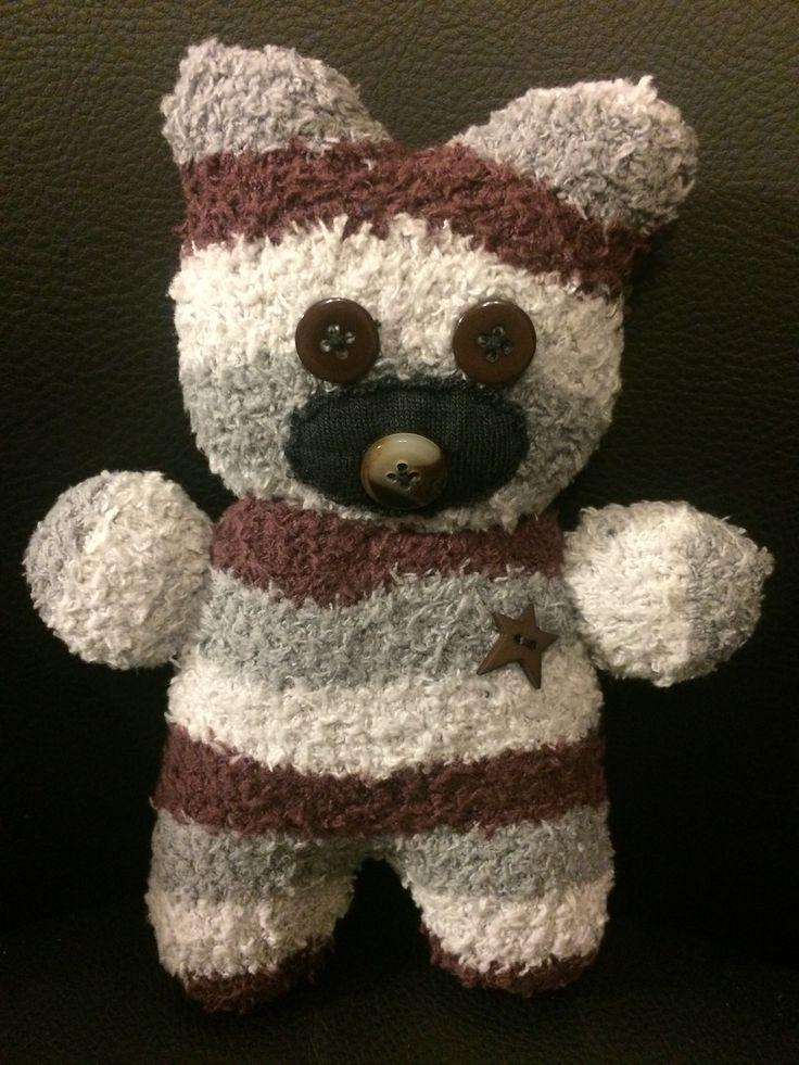 Geschenk / Baby Geschenk / Socken-Kuscheltier selbst gemacht