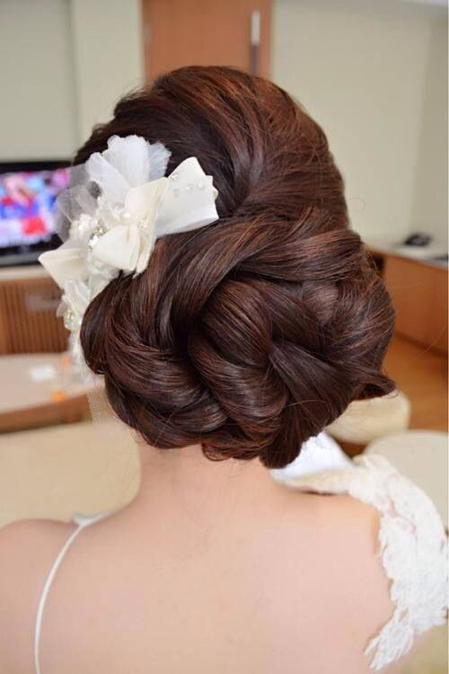Simple bun for wedding hairstyle  One of my favorites!
