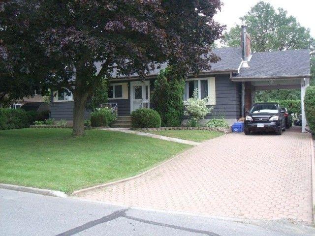 $204,000 L2859, 1702 PETER ST, CORNWALL, Ontario  K6J1W8