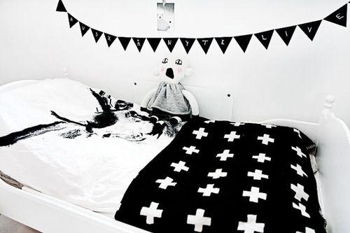 Petits petits tresors — Black & White Kid's Rooms