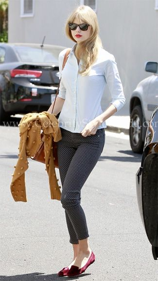 Taylor Swift wore a cute Memorial Day weekend outfit, the Current/Elliott The Stiletto in Indigo Polka Dot jeans and French Sole Drama Velvet Loafer  leaving a recording studio May 28, 2012