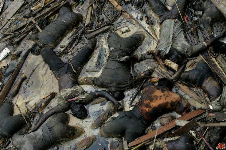 Tsunami 2004 Bodies | ... ** FILE - Bodies of the victims ...