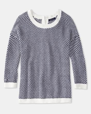 Fancy stitch sweater with back buttons