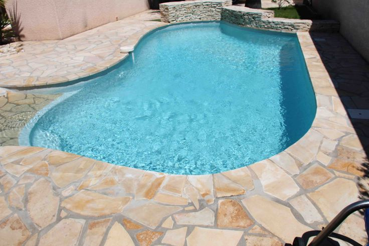 100 best images about carrelage piscine on pinterest for Piscine carrelage gris
