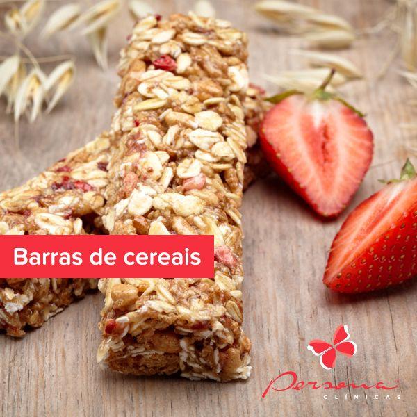 As barras de cereais surgiram como uma opção de snack saudável. O problema é que são ricas em açúcar, gorduras trans e diversas substâncias químicas.