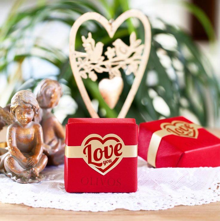 Aşk, her gün yeni şeyler keşfetmektir. Tüm Macrocenter & Migros mağazalarında bulabileceğiniz Olivos Love You sabunu ile aşkı yeniden keşfedin❤️