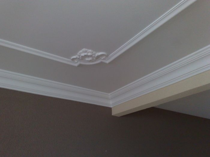 koof en perklijsten op het plafond aangebracht plafond stucwerk pinterest hall. Black Bedroom Furniture Sets. Home Design Ideas