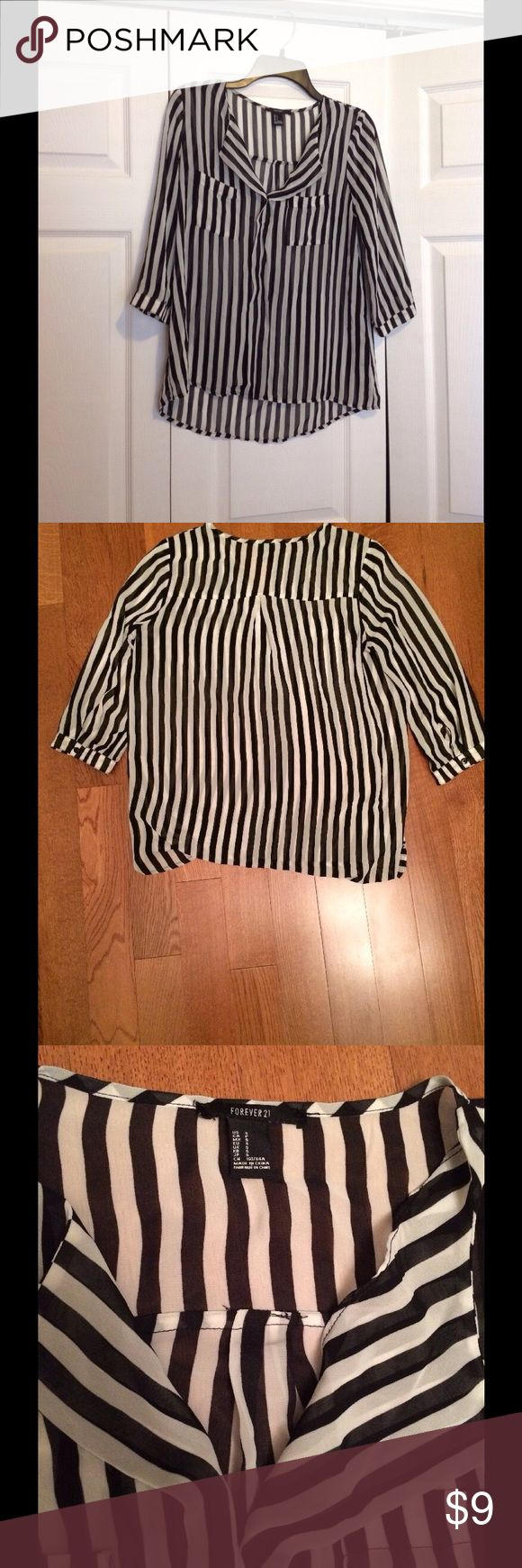 Forever 21 Black and White Striped Blouse Flawless black and white striped. Worn once. Like new. Forever 21 Tops Blouses