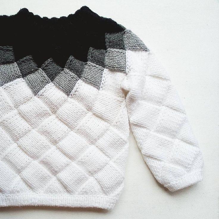 327 отметок «Нравится», 16 комментариев — Tanya Mashnenko (@tanya.mashnenko) в Instagram: «Мой свитер в технике ентерлак для @meet_to_knit . Задание мне очень понравилось, идей была куча, но…»