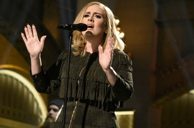 Adele's '25' Is the 20th Album to Sell a Million Copies in a Week: See the Full List | Billboard