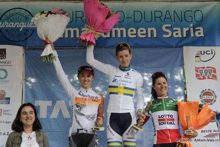 Emma Johansson (Orica-AIS), Kasia Niewiadoma (Rabo-Liv) & Elena Cecchini (Lotto Soudal Ladies) 2015 Durango-Durango Emakumeen Saria