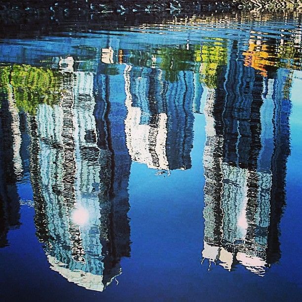 #Water #illusion #Up #Side #Down #Condos