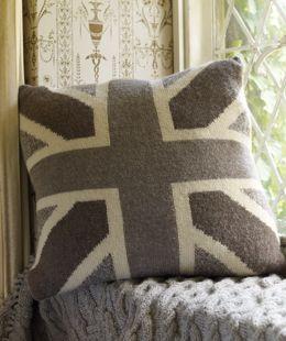 Knit this union jack cushion - free pattern