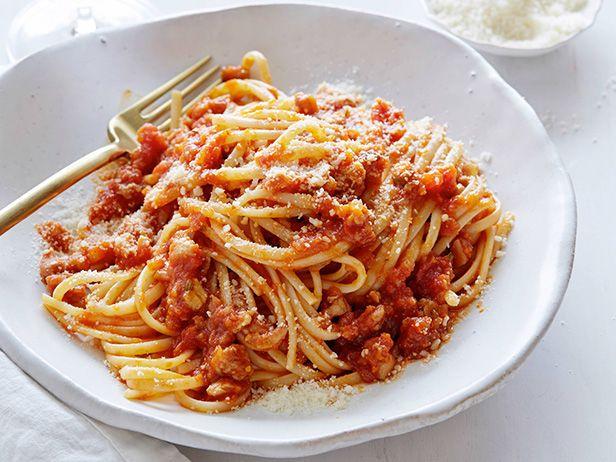 Linguine with Chicken Ragu Recipe : Giada De Laurentiis : Food Network ...