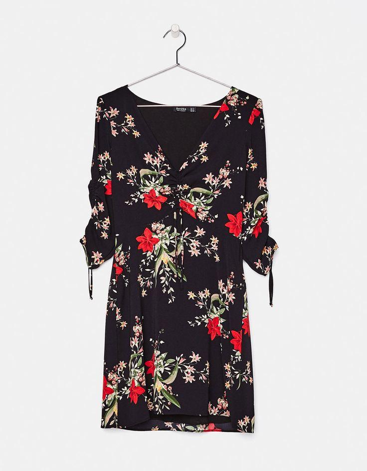 Vestido con estampado de flores - null - Bershka España