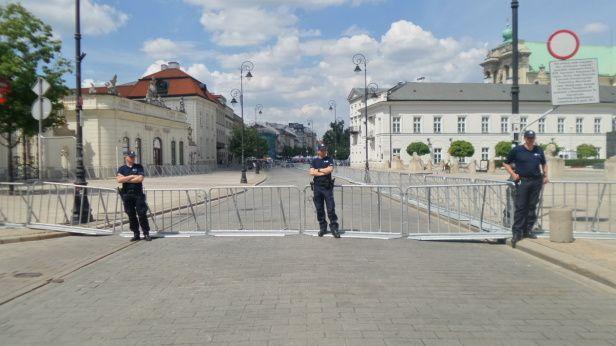 Krakowskie jak twierdza. Zamknięte przed miesięcznicą - Śródmieście