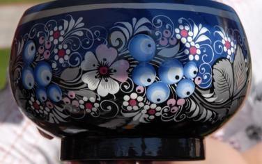 .чашка с голубикой.Вологодская хохлома Голубая роспись по серебру была придумана в Вологде и стала по праву называться «Северной хохломой»