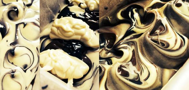 My first Black Clay Balancing Soap handmade today, it looks very pretty and yummy, it's ready to use on 7th July 2014 : p