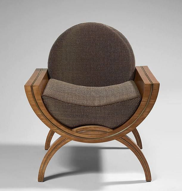 Art Deco ca.1930 by Ernest Boiceau. A seriously cool looking seat admired by Secret Art Collector.