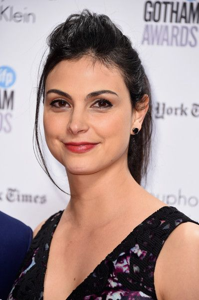 Morena Baccarin Ponytail - Morena Baccarin attended the Gotham Independent Film Awards sporting a messy ponytail with a pompadour top.