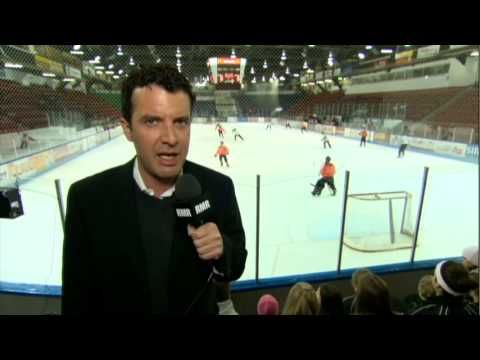 Rick Mercer Report: Ringette Night in Canada - Cambridge Turbos