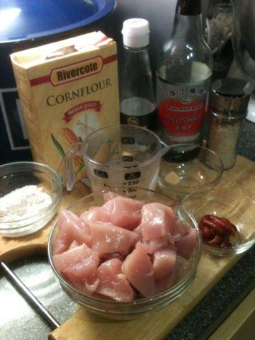 Vicki-Kitchen: Sticky sesame chicken OMG delicious (slimming world friendly)