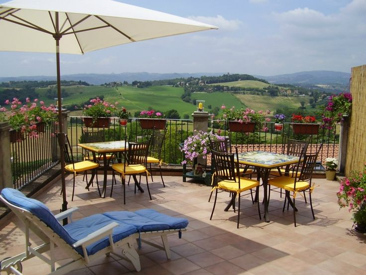 Bed and Breakfast a Perugia: La Terrazza Fio…Rita nel borgo di Ripa #Umbria #Italy