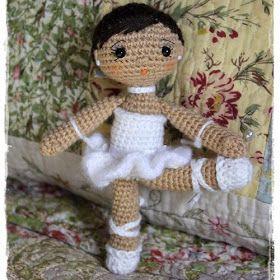 Muñeca Bailarina Amigurumi - Patrón Gratis en Español aquí: http://patronesamigurumipuntoorg.blogspot.de/2014/08/patron-bailarina-pequenita-amigurumi.html