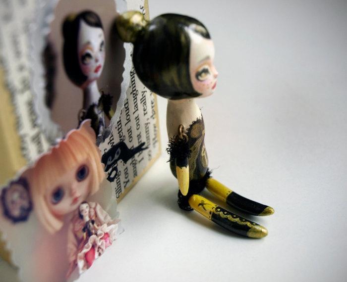 Cleo the Poppet - secret keeper - miniature doll friend for Blythe or Monster High - ooak art doll by KarolinFelix.via Etsy.Dolls Friends, Tiny, Photos, Arty Farty, Farty Stuff, Cleo, Dolls Stories, Art Dolls, Dolls Heart