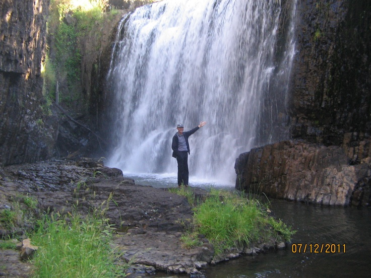 Guide Falls out from Burnie