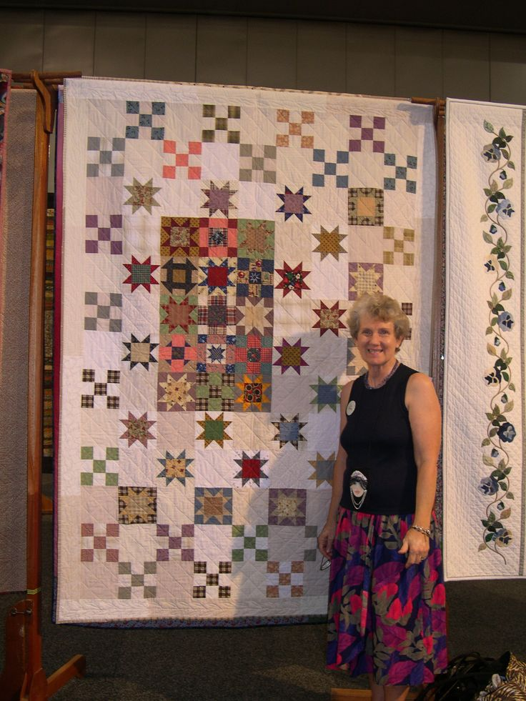 Reproduction of an antique quilt glimpsed on tv..................Trip to America 2003