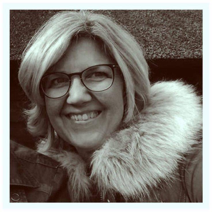 Brenda Buijtenhuis (47 jaar) volgde ongeveer 6 weken het FODMAP dieet. Hierdoor weet ze veel beter wat ze wel en niet mag eten.        Hoe is deze verandering in levensstijl voor jou begonnen? In 2014 kreeg ik veel vreselijke pijn aan mijn rechterzijde van mijn bovenlijf. Na veel onderzoeken