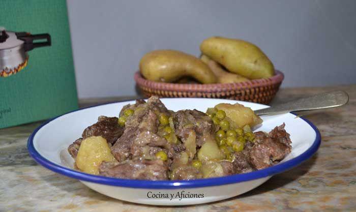 Guiso de carne con patatas en la olla exprés, receta paso paso. | Cocina y Aficiones