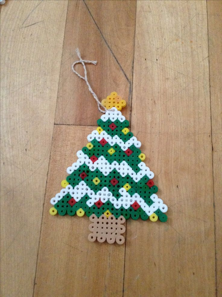 Christmas tree hama perler beads by Claudia Vendette
