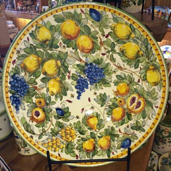 fine Italian pottery ceramic plate