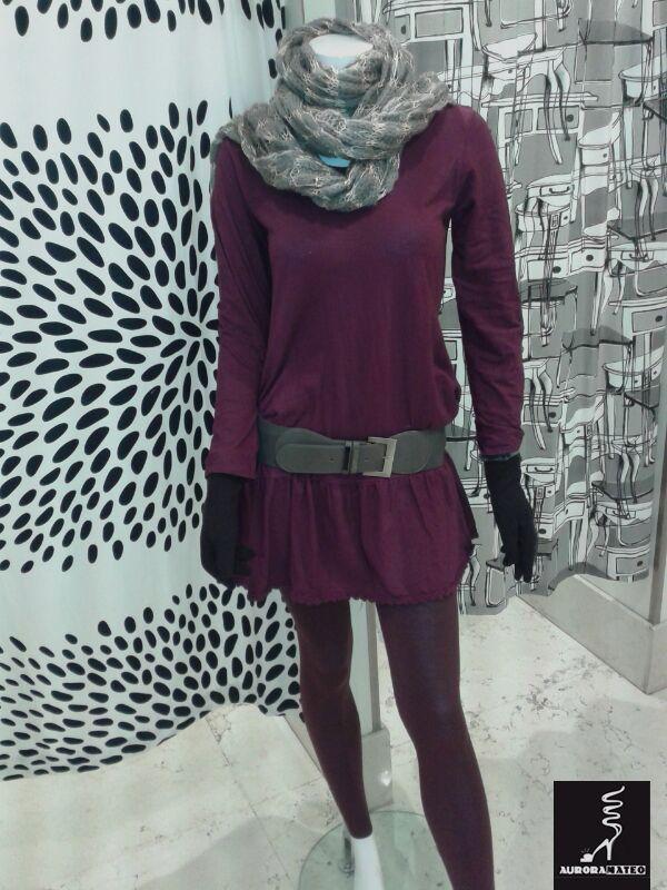 El color de #moda este invierno. Suéter granate y leggins. #AuroraMateo #look #woman #mujer