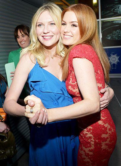 Isla Fisher and Kirsten Dunst