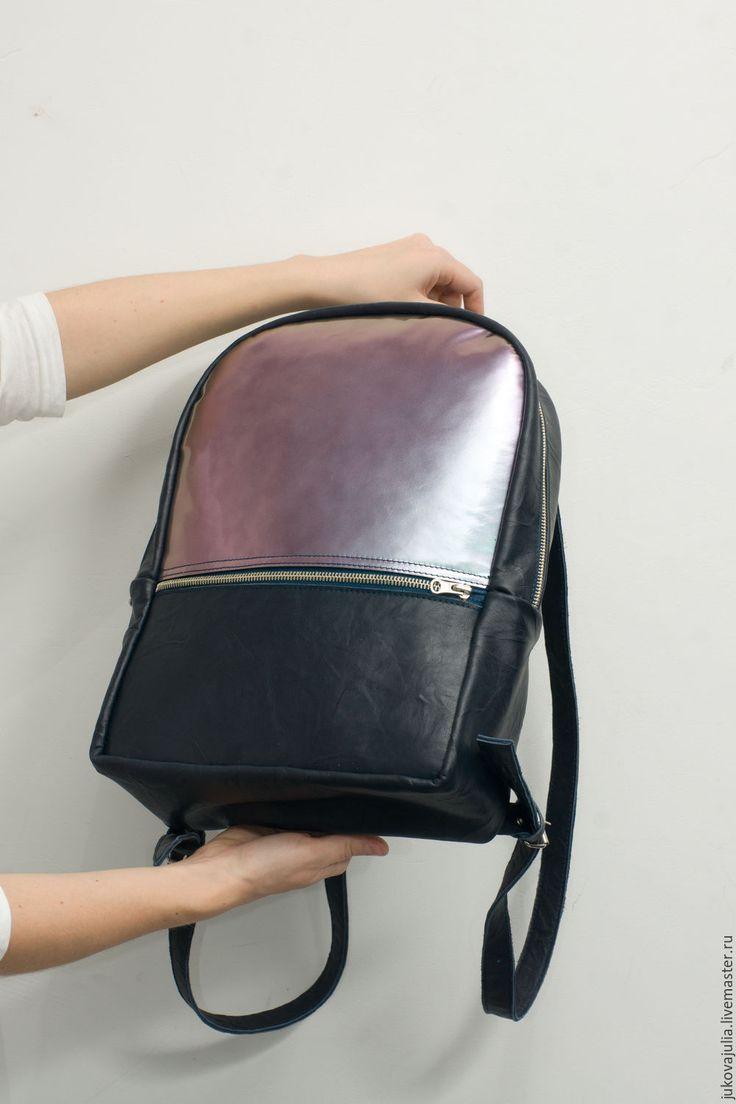 Купить Большой рюкзак черный синий из натуральной кожи Хамелеон - черный, черный рюкзак