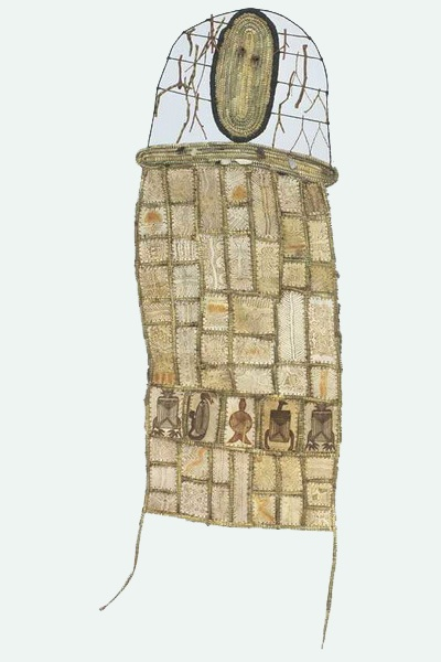 Treahna Hamm. 2005. Gulpa Ngar-Wu.Possum skin, wire, sticks, raffia, grass, straw, feathers, string and gumnuts.