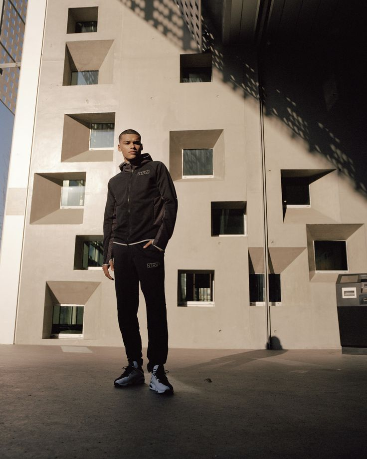 PUMA and Staple Design put their creative heads together for Spring-Summer '17 by introducing the PUMA NTRVL  collection. The second dr...