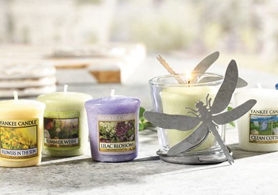 We are doing a Yankee Candle sale. You can click on the picture above to support me. We are group 990096541 and I'm seller ANN21.