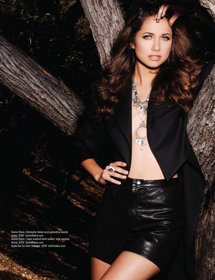 Maiara Walsh - Regard Magazine Aug/Sept 2012