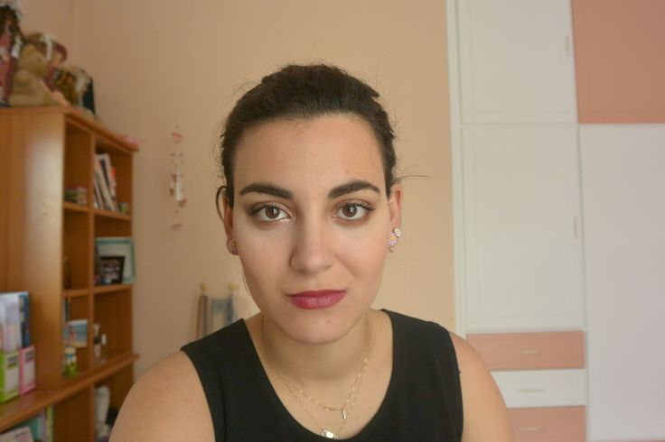 makeup for night, suitable for spring
