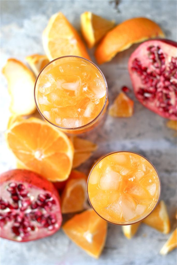 Clementine and pomegranate cocktails