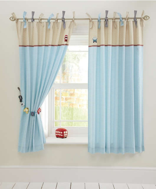 me gusta el alzapaño de coches... Made With Love Boys - Curtains (132 x 160)