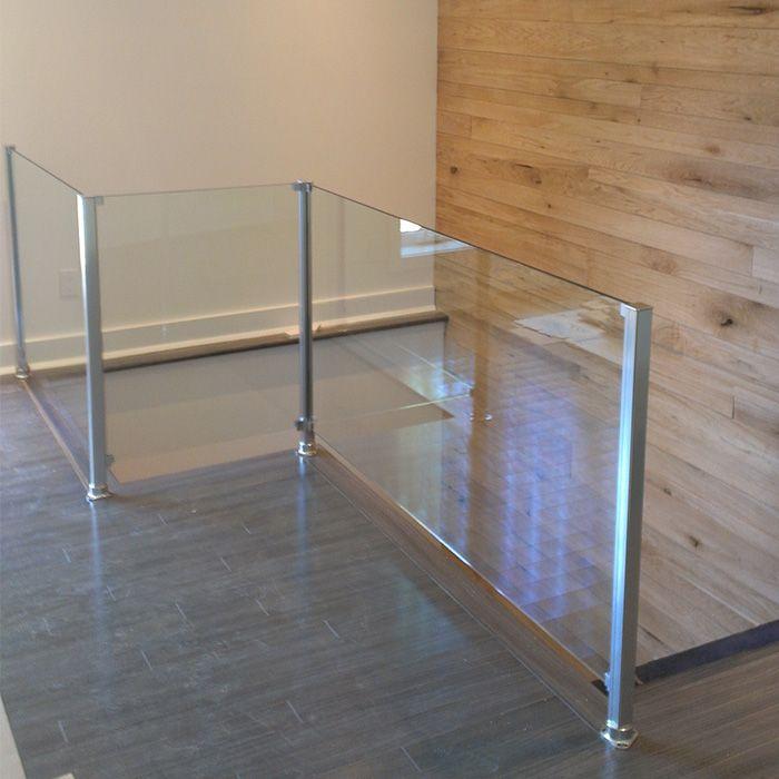 Rampes Allur, un fournisseur de rampes et de garde corps en aluminium anodisés. Nos produits sont disponible pour des usages résidentiel et commercial.                                                                                                                                                                                 Plus